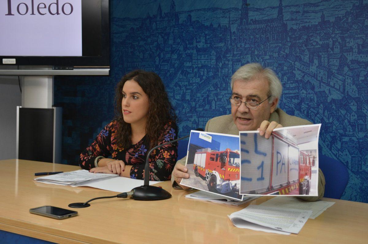 http://www.toledo.es/wp-content/uploads/2018/10/01-rp-sandoval-y-perez-del-pino--1200x797.jpg. El Ayuntamiento reitera que no va a incumplir la ley para llegar a un acuerdo con los representantes sindicales de los bomberos