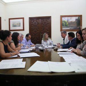 oncedidas quince ayudas para modernización y competitividad del comercio local por importe de 40.000 euros