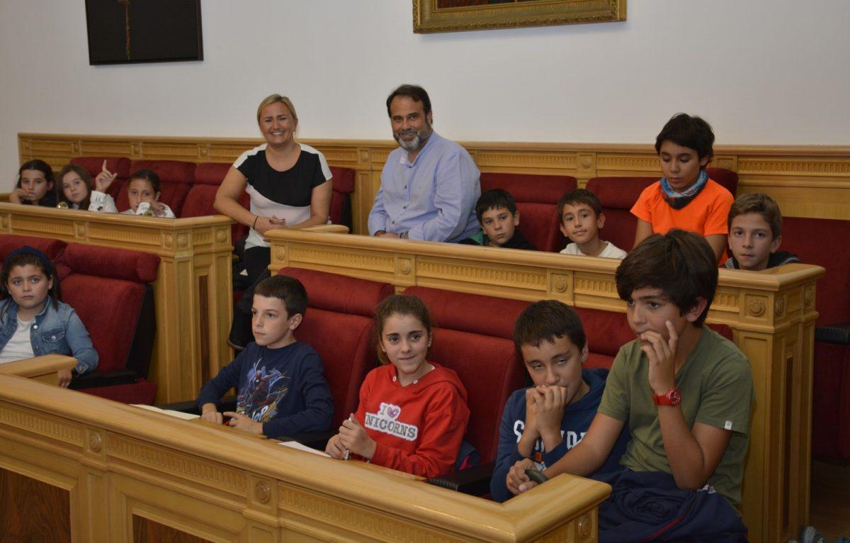 El Consejo de Participación Infantil traslada a Festejos sus propuestas para Navidad y prepara su pleno del 20 de noviembre