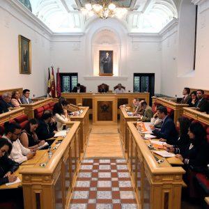 l Pleno aprueba de manera inicial la modificación de ordenanzas fiscales y el protocolo cultural con la ciudad de Burgos