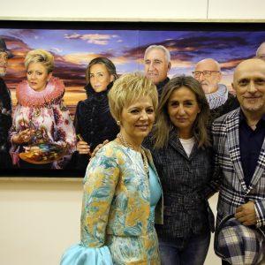 """La alcaldesa destaca """"el amor por Toledo"""" como seña de identidad de la muestra Taller de Arte Dalilla & Galván que acoge San Marcos"""