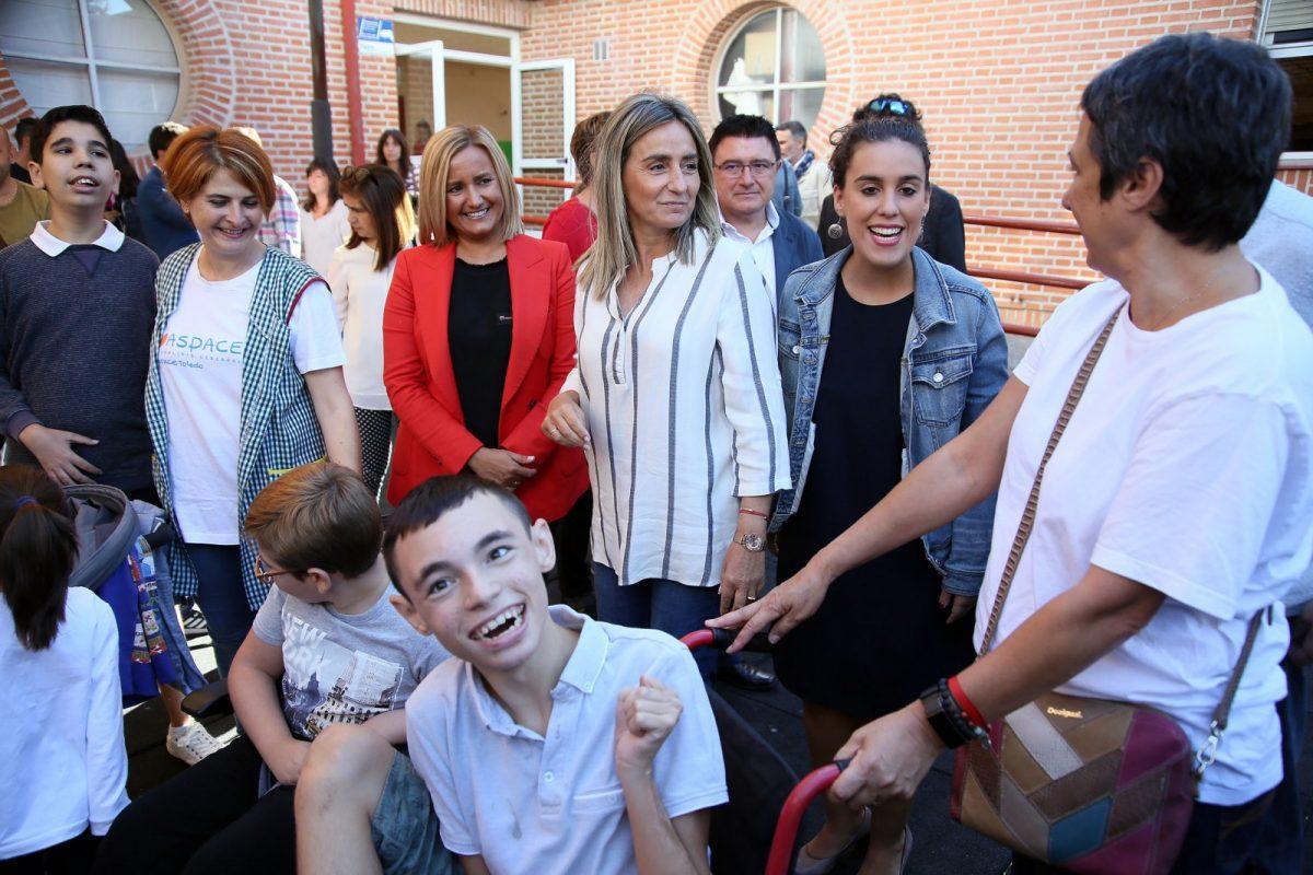 Milagros Tolón anuncia una vivienda tutelada para APACE y la instalación de elementos inclusivos en seis parques de la ciudad
