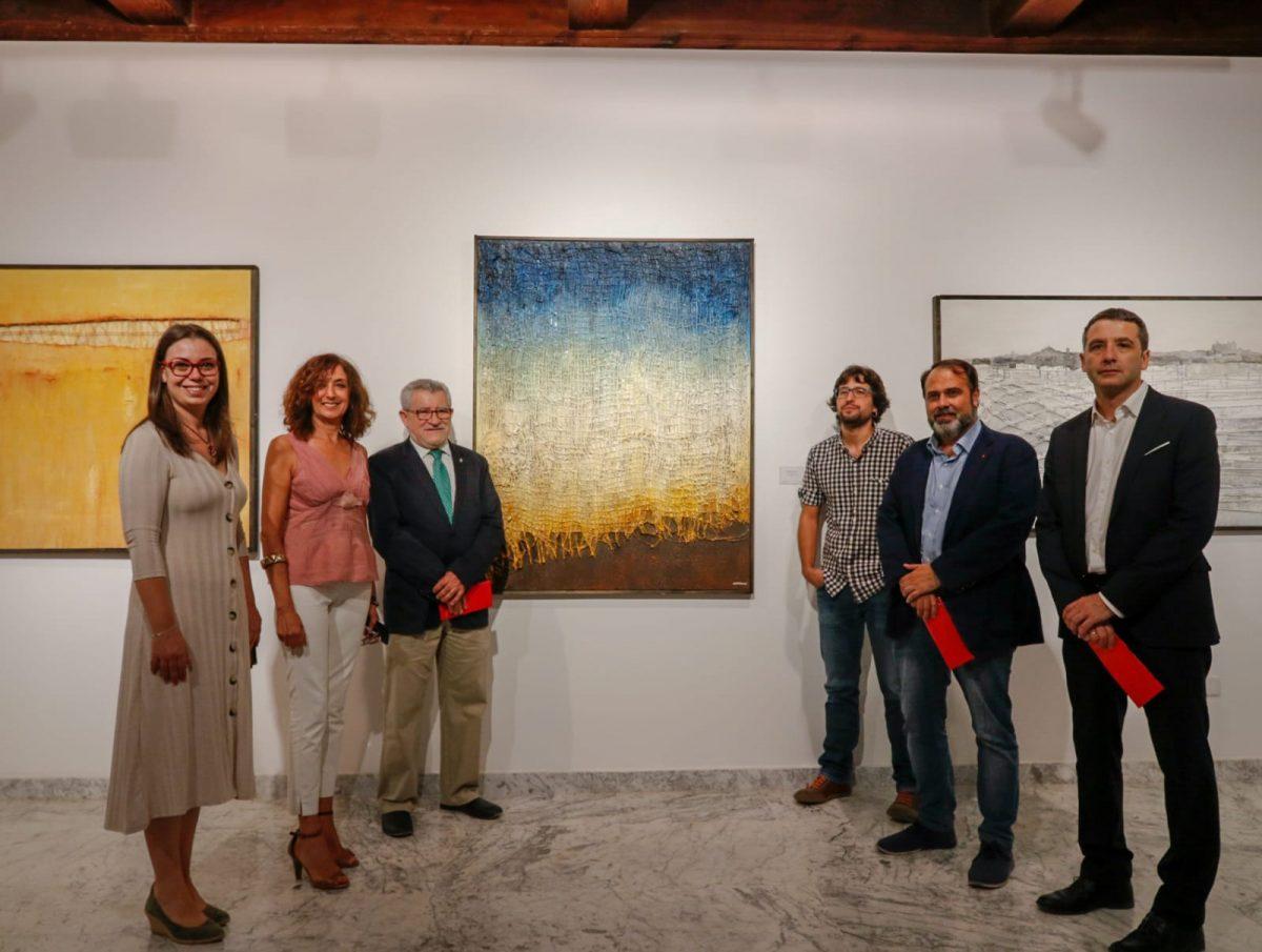 El Ayuntamiento apoya la exposición colectiva 'Artistas Descrito', comisariada por el toledano Alfredo Copeiro