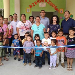 Escuelas para el mundo: Inuguración del Centro de Atención a la Infancia de El Paisnal