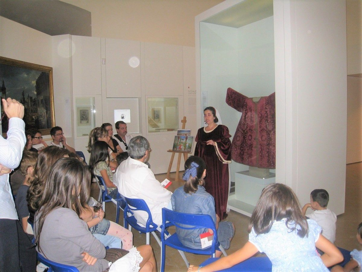 http://www.toledo.es/wp-content/uploads/2018/10/museo-en-familia-noviembre-1200x901.jpg. CUENTACUENTOS POR NAVIDAD