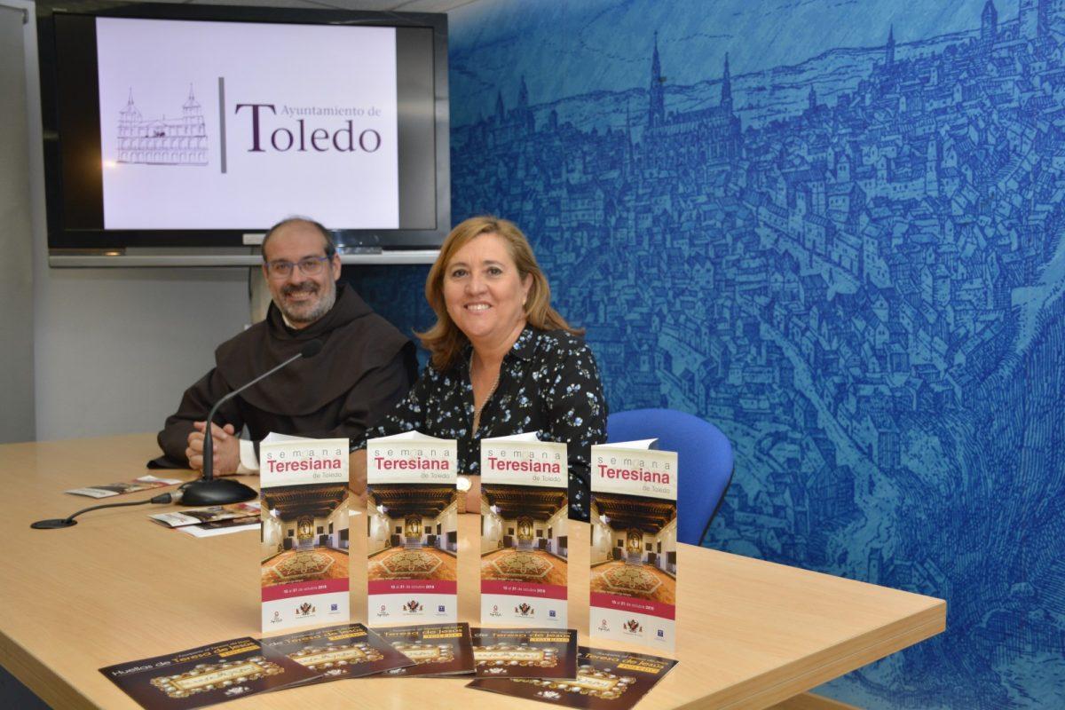 https://www.toledo.es/wp-content/uploads/2018/10/rosana-rodriguez_padre-ricardo-plaza-1200x800.jpg. La Semana Teresiana celebra el 450 aniversario de la fundación de Santa Teresa de Jesús en Toledo con rutas, cine y gastronomía