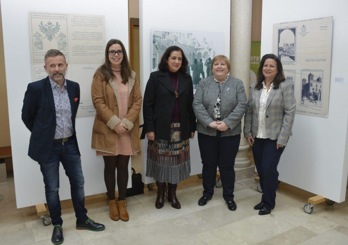 El Ayuntamiento colabora con el VIII Encuentro de Historia de la Fotografía de la Universidad regional centrado en el turismo