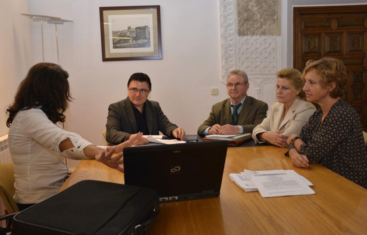 El Gobierno municipal se reúne con el Colegio Oficial de Ingeniería Topográfica para establecer líneas de colaboración