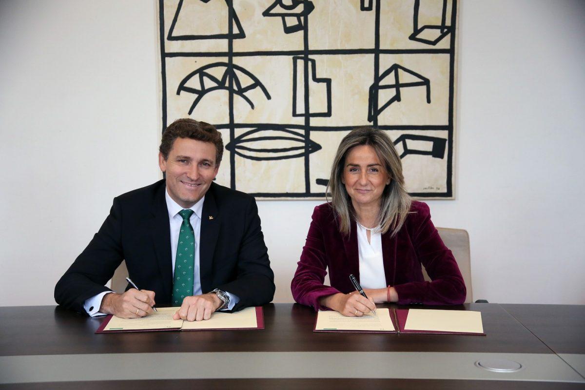 http://www.toledo.es/wp-content/uploads/2018/11/01_convenio_eurocaja-1200x800.jpg. Ayuntamiento y Eurocaja Rural renuevan su colaboración para el desarrollo de la programación del Teatro de Rojas