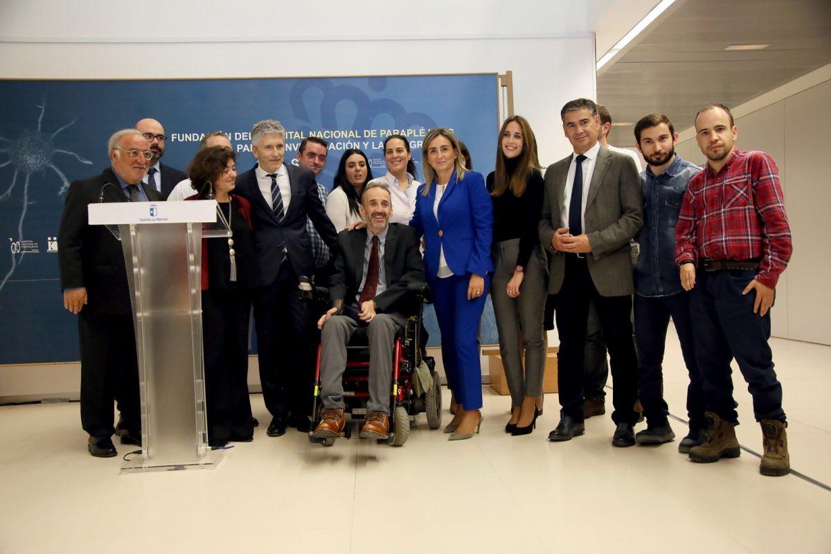 La alcaldesa, en el reconocimiento del Ministerio de Interior a la labor que desempeña ASPAYM en el Hospital de Parapléjicos