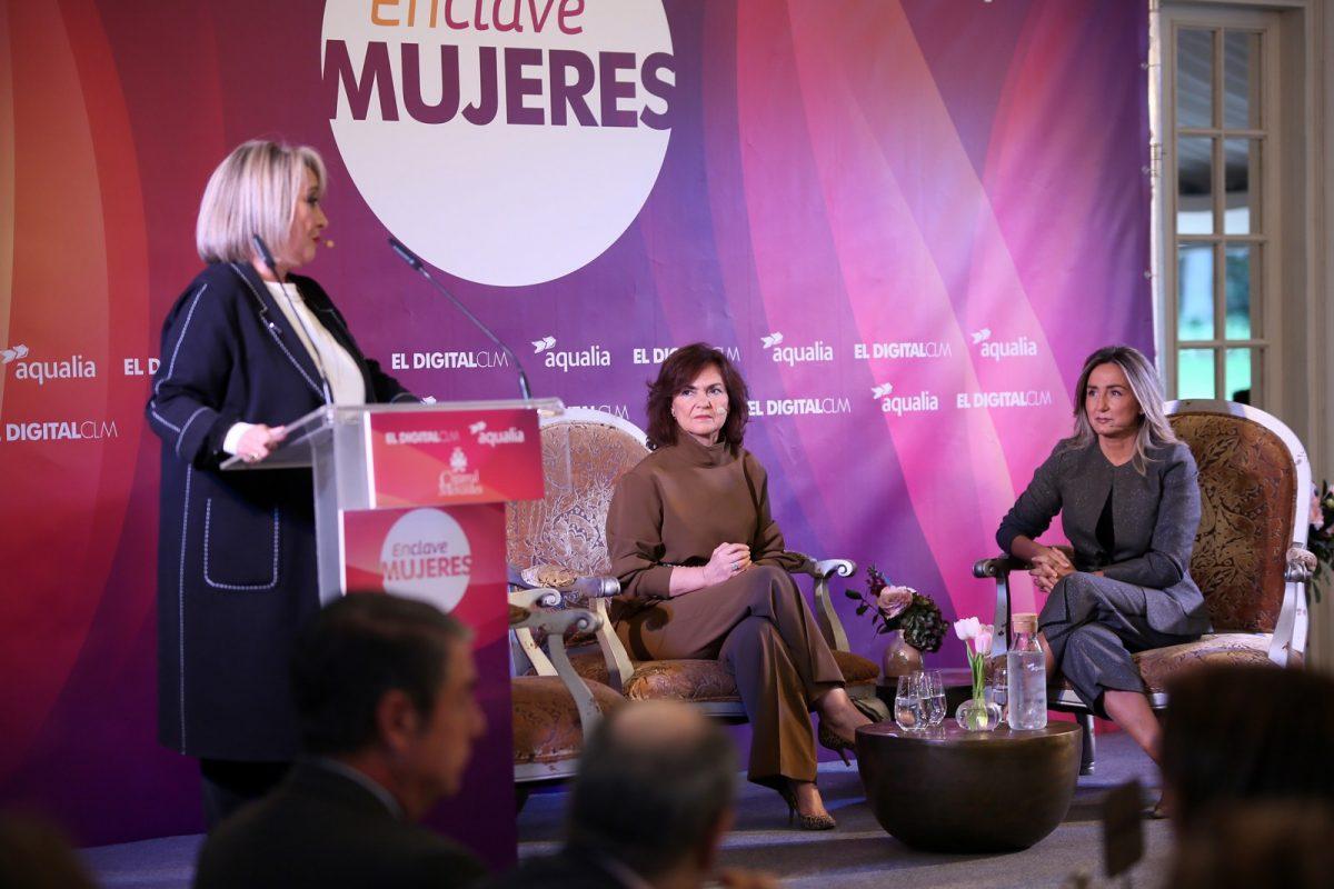 """http://www.toledo.es/wp-content/uploads/2018/11/10_enclave_mujeres-1200x800.jpg. Milagros Tolón: """"La ciudad progresa con inversiones y creación de empleo, con incentivos fiscales y la atracción de empresas"""""""
