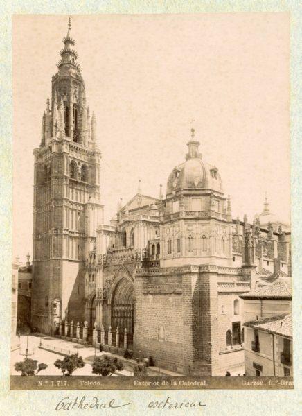 1717 - Toledo. Exterior de la Catedral