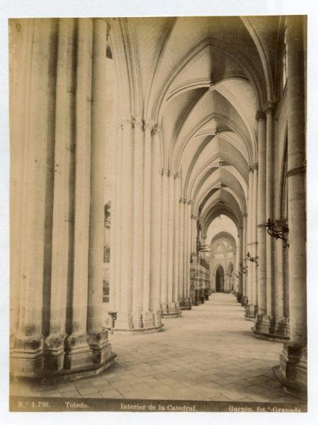 1736 - Toledo. Interior de la Catedral