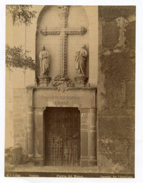 1742 - Toledo. Puerta del Museo [San Juan de los Reyes]