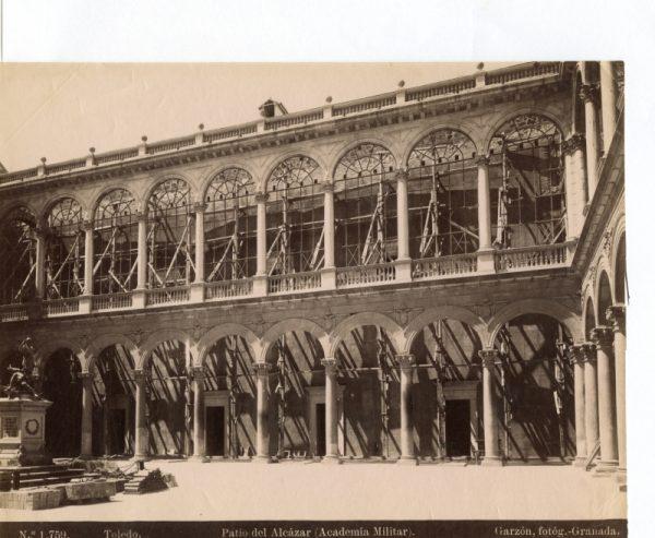 1759 - Toledo. Patio del Alcázar (Academia Militar)