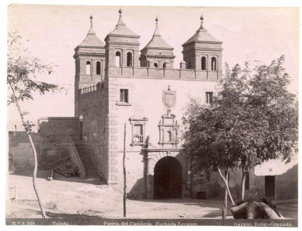 1762 - Toledo. Puerta del Cambrón. Fachada Levante