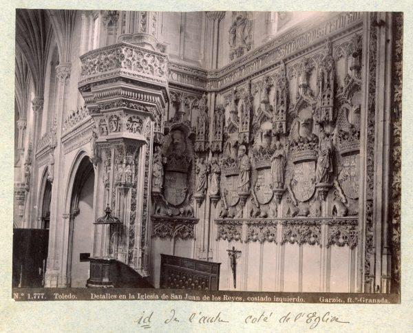 1777 - Toledo. Detalles en la Iglesia de San Juan de los Reyes, costado izquierdo
