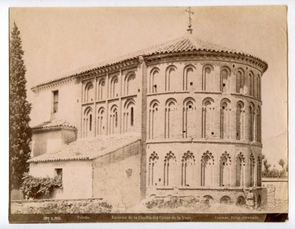 1863 - Toledo. Exterior de la Capilla del Cristo de la Vega