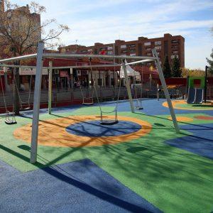 El Ayuntamiento mejorará los parques infantiles de la ciudad con una inversión superior a los 100.000 euros