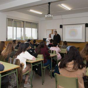 El Ayuntamiento promueve la participación juvenil en centros de secundaria a través de los talleres #EspabilaToledo