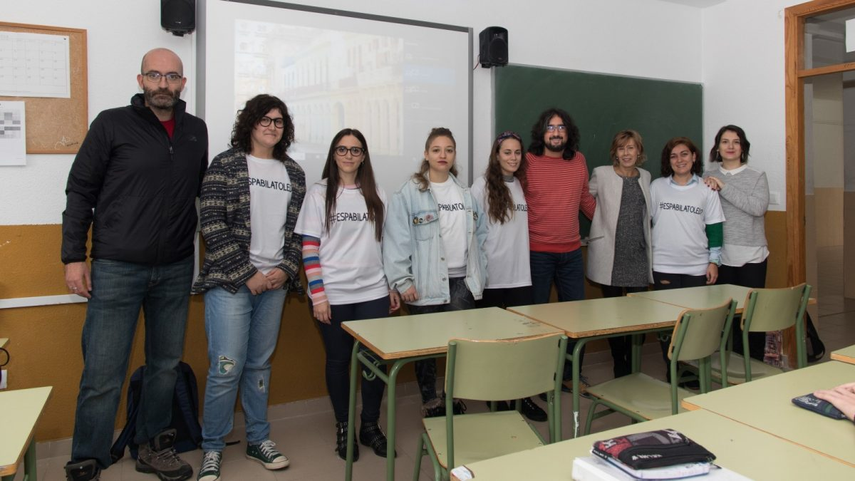 http://www.toledo.es/wp-content/uploads/2018/11/lrm_export_20181113_105448-01-1-1200x675.jpeg. El Ayuntamiento promueve la participación juvenil en centros de secundaria a través de los talleres #EspabilaToledo