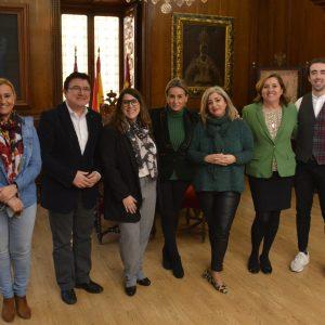 La alcaldesa conoce los proyectos e inquietudes de 'Distrito1', la nueva asociación de comerciantes y hosteleros del Casco