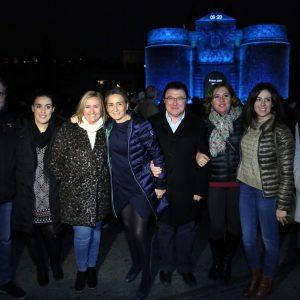 """Toledo tiene estrella"""" llena de ilusión la Puerta de Bisagra con un espectáculo para toda la familia que se repite mañana sábado"""