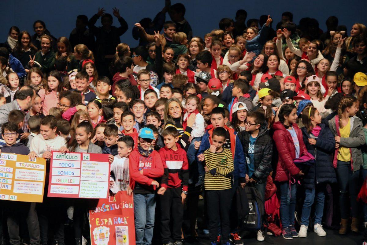 http://www.toledo.es/wp-content/uploads/2018/12/02-aniversario_constitucion-1200x800.jpg. La alcaldesa destaca el valor de la Constitución como símbolo de la pluralidad de la sociedad española en su 40 aniversario