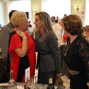 l Centro de Mayores 'Ángel Rosa' de Santa Bárbara celebra su comida de Navidad con la presencia de la alcaldesa