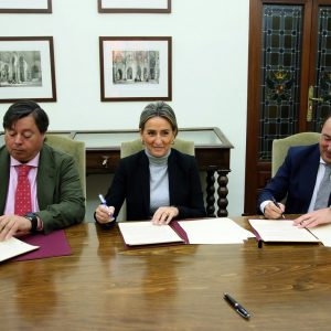 """Firmado el convenio urbanístico para el desarrollo del PAU """"Ampliación de Cigarrales de Vistahermosa"""", con 270 viviendas"""