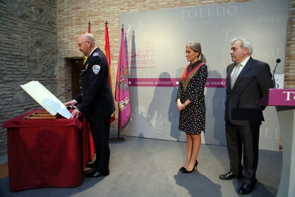 04_toma_posesion_policia