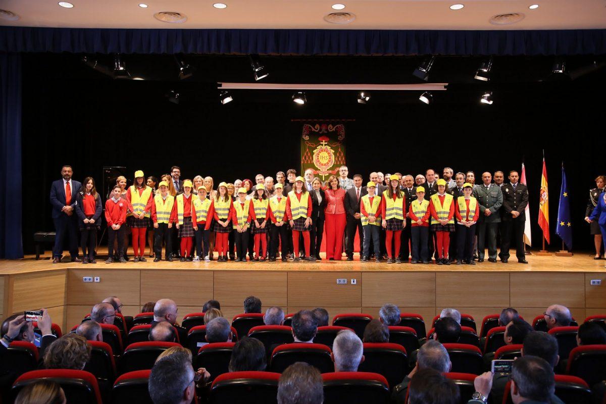 http://www.toledo.es/wp-content/uploads/2018/12/11_seguridad_centros_escolares-1200x800.jpg. La alcaldesa destaca los buenos resultados de programas como el Plan Director para la Convivencia y Mejora de la Seguridad Escolar