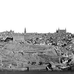uestro regalo de Reyes: Una panorámica de Toledo desde los cigarrales de 1932