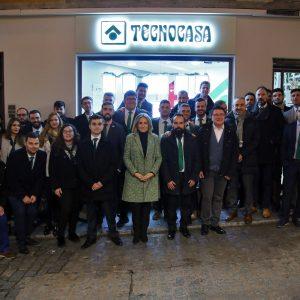 Milagros Tolón, en la inauguración de una nueva oficina de la agencia inmobiliaria Tecnocasa en el Casco Histórico