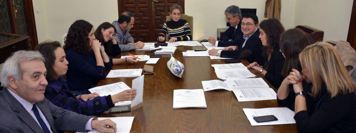 El gobierno municipal continúa adjudicando nuevas obras:…