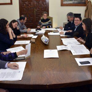 El gobierno municipal continúa adjudicando nuevas obras: 400.000 euros para la Escuela de Idiomas, Oficina de Turismo y vial en Escuela de Gimnasia