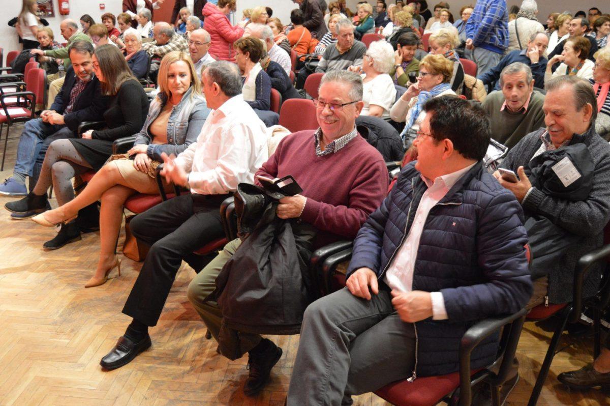 http://www.toledo.es/wp-content/uploads/2018/12/mayores-santa-barbara_1-1200x798.jpg. El Centro Municipal de Mayores 'Ángel Rosa' celebra la Navidad con actuaciones musicales y teatro con el apoyo del Ayuntamiento