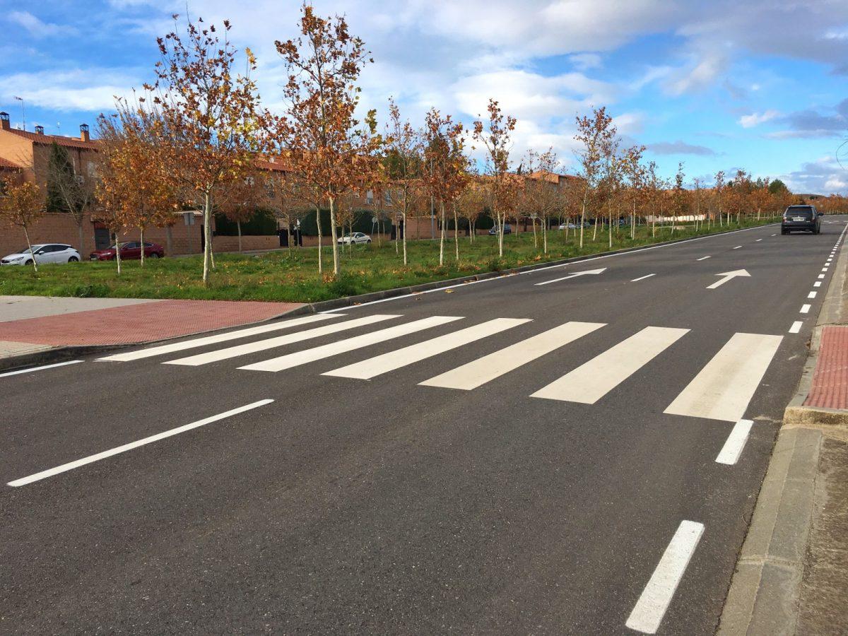 http://www.toledo.es/wp-content/uploads/2018/12/repintado_valparaiso04-1200x900.jpg. El Ayuntamiento apuesta por la mejora de la seguridad vial y la imagen de la ciudad con el repintado de 60 calles
