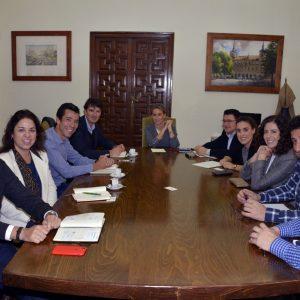 El Ayuntamiento ultima con los responsables de Logisfashion y Montepino la apertura de la nueva planta logística del Polígono