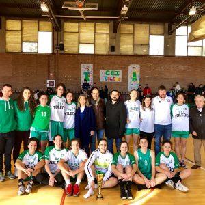 a alcaldesa felicita a las integrantes del CEI Toledo, subcampeonas de la Copa de Primera Nacional Femenina de Baloncestodisputada en la capital