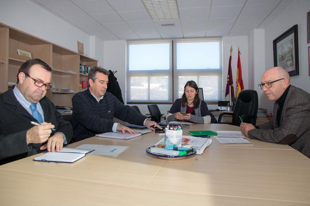 http://www.toledo.es/wp-content/uploads/2019/01/01-reunion-dge-colegios.jpeg. El Ayuntamiento repasa con la Dirección Provincial de Educación las mejoras necesarias en los colegios públicos de la ciudad