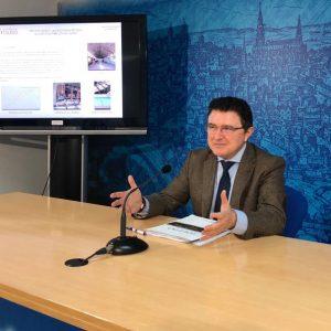 l Ayuntamiento inicia las obras de reforma de la cubierta del pabellón de San Lázaro que tendrá un uso comunitario