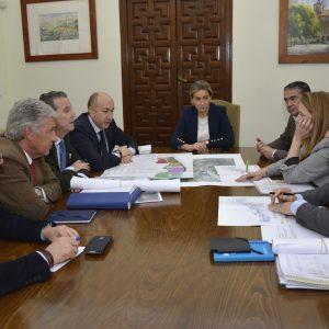 l Ayuntamiento estudiará con SEPES las mejores soluciones para el desarrollo de parcelas vacantes en la ciudad