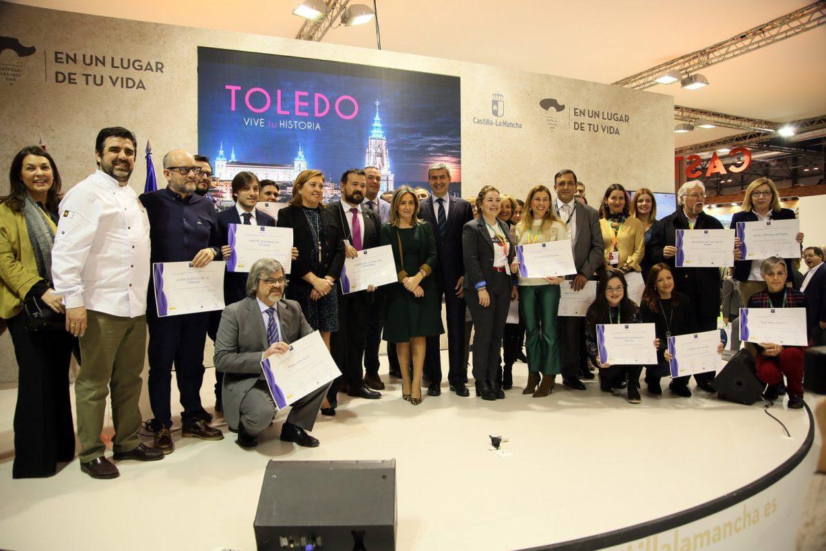 https://www.toledo.es/wp-content/uploads/2019/01/18_fitur-1200x800.jpg. El Ayuntamiento reconoce en FITUR la calidad turística de 37 empresas del sector e invita a continuar en esta línea de colaboración