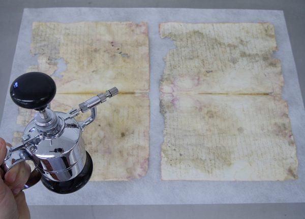 19_Preparación de los bifolios para el tratamiento acuoso