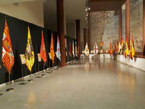 """http://www.toledo.es/wp-content/uploads/2019/01/banderas-historicas.jpg. Exposición temporal """"Banderas históricas de España"""""""