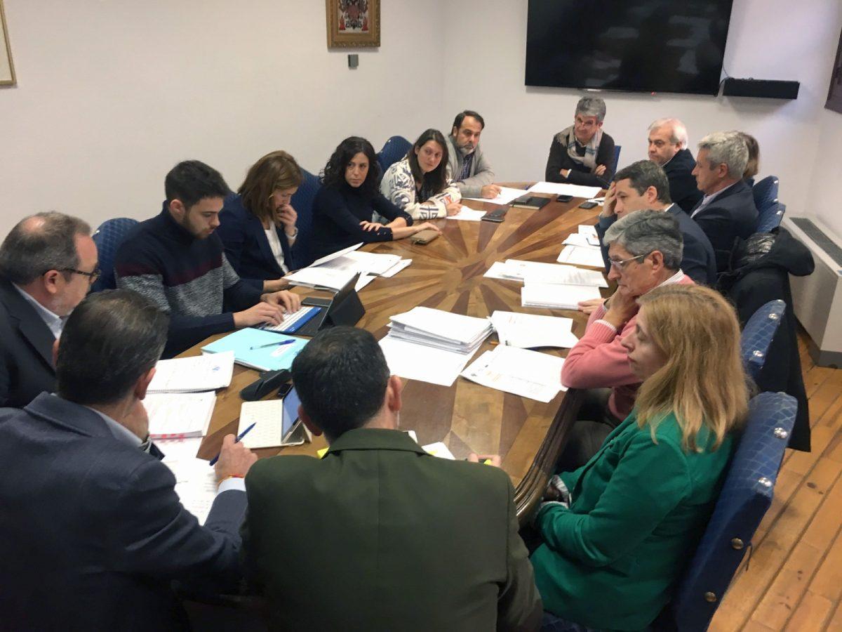 http://www.toledo.es/wp-content/uploads/2019/01/comision_hacienda-1200x900.jpg. El Gobierno local reitera en la Comisión de Hacienda la apuesta del Presupuesto de 2019 por el empleo, la solidaridad y los barrios