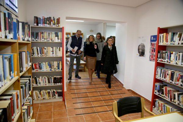 Milagros Tolón_biblioteca Azucaica_2