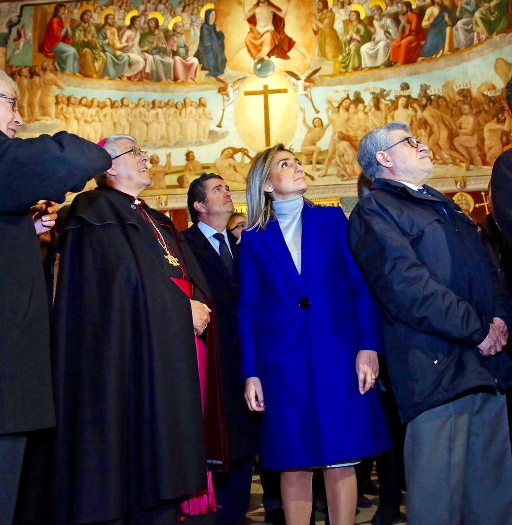 http://www.toledo.es/wp-content/uploads/2019/01/milagros-tolon_sala-capitular_1.jpeg. La alcaldesa destaca la sensibilidad patrimonial del Cabildo de la Catedral tras la encomiable restauración de la Sala Capitular