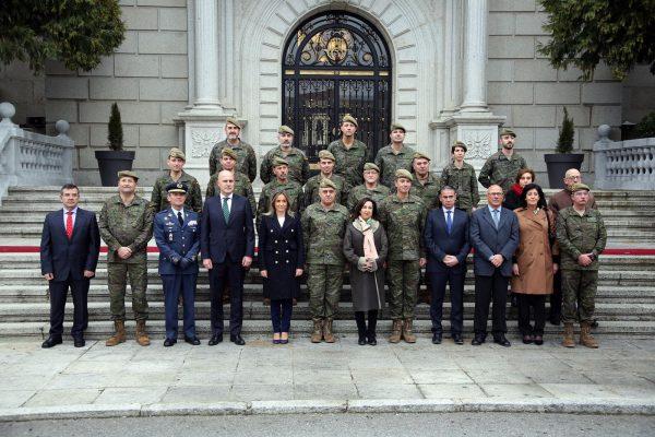 Visita de la ministra a la Academia de Infantería_1